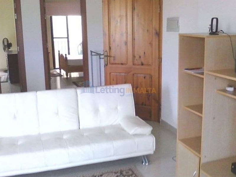 Rent 2 Bedroom Mgarr