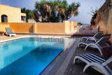 Rent Villa in Malta