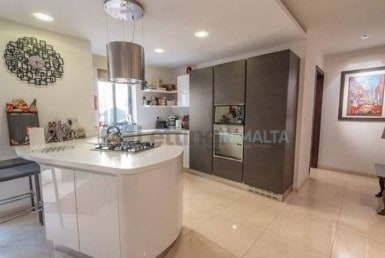 2 Bedroom Luxurious Apartment For Rent in Madliena Malta with Outdoor Area