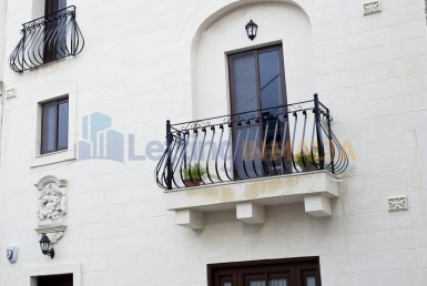 Rent Townhouse Malta Qormi