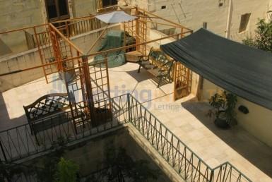Rent Townhouse Malta