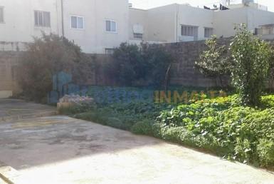 Letting In Malta Gharghur Maisonette Garden