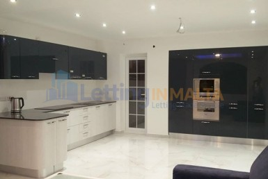 Rent Three Bedroom Apartment Sliema