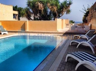 Rent a Villa in Malta