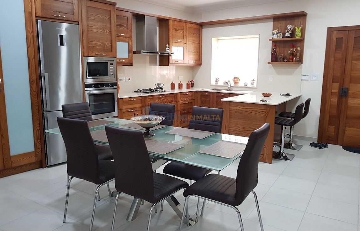 Property to Rent Zebbug Malta