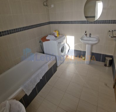 Bugibba Penthouse Malta Lets
