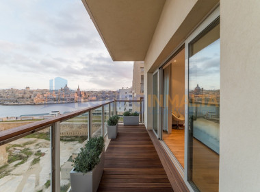 Luxury Seafront Apartment Tigne Point