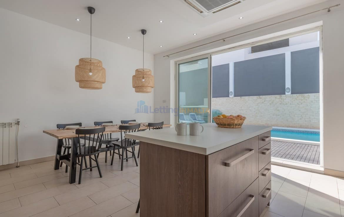 Luxury Villa To Let Malta