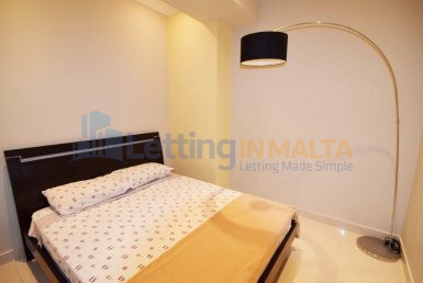 Rent 1 bedroom Studio Apartment Sliema